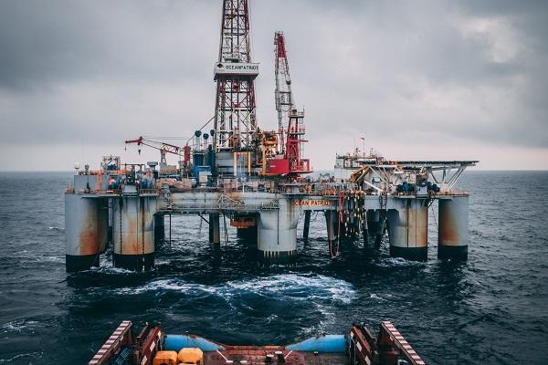 Hoofd boven water houden in de offshore markt met cost engineering