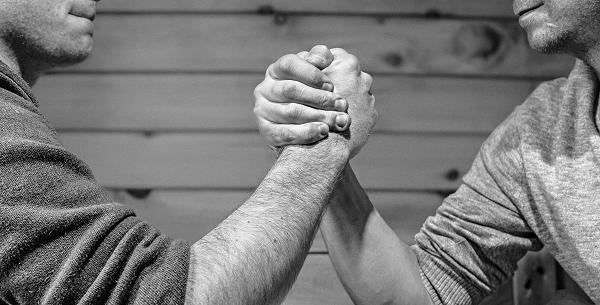 Opdrachtgever vs Aannemer: 2 perspectieven op kostenbeheersing